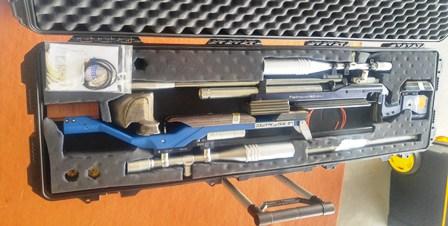 آماده سازی تجهیزات در بنچ رست تفنگ بادی